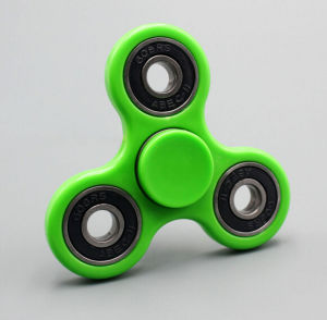 En71 Hand Spinner Fidget Toy pictures & photos