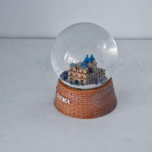 Wholesale Souvenir Building Theme Snow Globe for Decoration pictures & photos