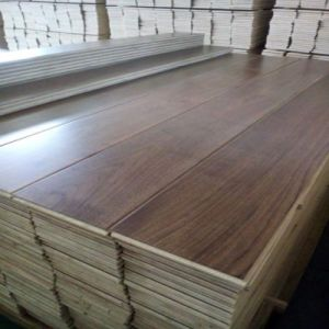 Household Engineered American Black Walnut Wood Flooring pictures & photos