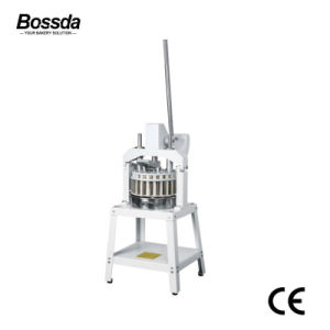 Bakery Machine Baking Equipment 36PCS Manual Bread Dough Cutter Divider Machine pictures & photos