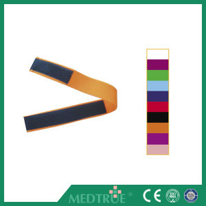 Ce/ISO Approved Hot Sale Medical Magic Tape Tourniquet (MT01048301-8310) pictures & photos