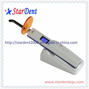 Hot Selling Dental LED Curing Light pictures & photos