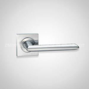 Stainless Steel Wooden Interior Door Lever Handle (ZS016) pictures & photos