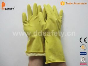 Ddsafety 2017 Yellow Latex Household Glove pictures & photos
