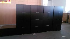 MDF Base Drawer Kitchen Cabinets with Dtc Gliders pictures & photos