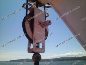 Floating Block and Chains for Life Boat Davit pictures & photos