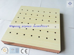 Melamine Finish Fire-Resistant Wooden Perforated Acoustic Wall Panel (MFFRE16/3/1015) pictures & photos