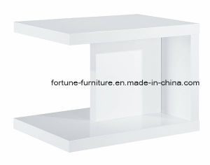 Modern Wooden UV High Gloss Side Table (19042) pictures & photos