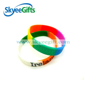 High Quality Segment Rubber Wristband pictures & photos