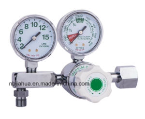 Double Guage Medical Oxygen Regulator Ce0120 ISO13485 pictures & photos