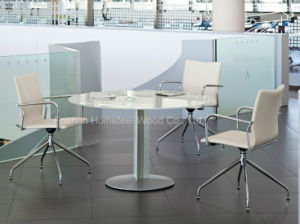 Modern Design Small Glass Meeting Desk (HF-TA02) pictures & photos