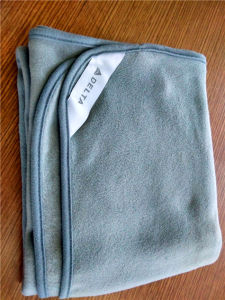 Custom Design Two Sides Brushed Fleece Blankets (ES2072907AMA) pictures & photos