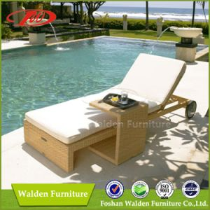 Rattan Furniture Outdoor Lounger (DH-9546) pictures & photos