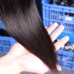 Material Best Cheap Price Natural Color Virgin Straight Brazilian Human Hair Weaving for Sale pictures & photos