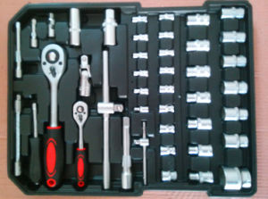186PCS Professional Auto Repair Tool Set (FY186A-G-2) pictures & photos