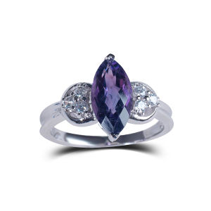 Fashion Simple Personalized Wedding Gemstone Rings pictures & photos