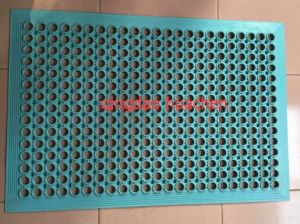 Best Quality Soft and Oil Resistant Rubber Floor Mat pictures & photos