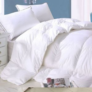 Down Alternative Hotel Duvet 100% Cotton Shell Filled Polyester Duvet pictures & photos