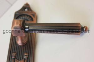 Zinc Alloy Door Handle on Plate 696.810 pictures & photos