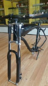 Colorful Cdh Triple Tree Suspension Fork-Gas Motorized Bike pictures & photos
