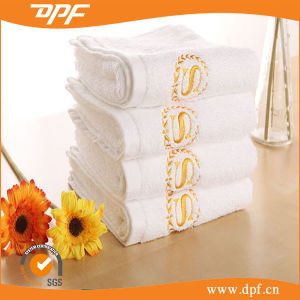 100% Cotton Hotel Supply Face/Hand/Bath Towels Set pictures & photos