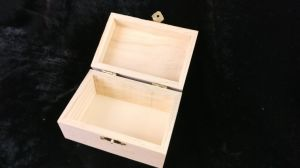 Plain Design Natural Pine Wood Box Wooden Gift Box pictures & photos