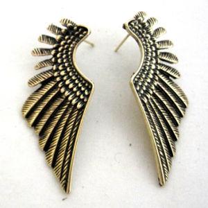 Metal Wing Stud Earrings Fashion Jewellery (HER-10485A)