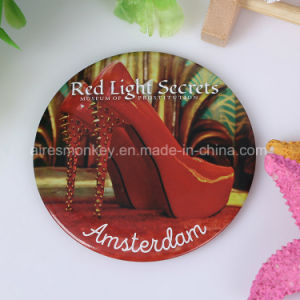 2017 Hot Selling Customized Makeup Pocket Mirror pictures & photos