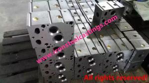 Iron Komatsu/Kubota/Daewoo Engine Cylinder Head with Machining pictures & photos