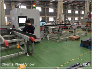 Cutting Aluminum Compound Mitre Saw of Window Profile with 15 Seconds Different Length 45 90 Degree pictures & photos