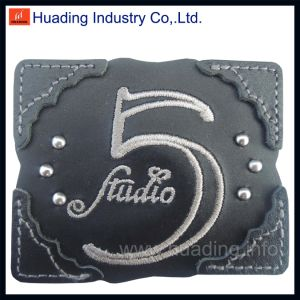 Customized Leather Patch for Jeans pictures & photos