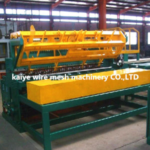 PLC Control Wire Mesh Fencing Welding Machine pictures & photos