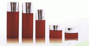 Glass Lotion Bottle (BN-GS-3) pictures & photos