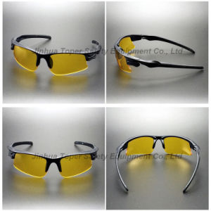 Anti-UV400 Function Yellow Lens Safety Goggles (SG121) pictures & photos