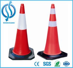 750mm Black Base PE Traffic Cone pictures & photos