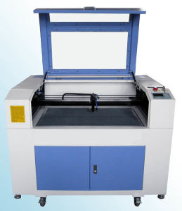 Ce Marked CO2 Laser Cutting Engraving Machine (FLC9060) pictures & photos