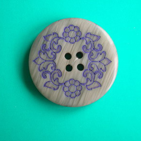 4 Holes New Design Polyester Button (S-079) pictures & photos