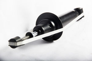 Mitsubishis Montero III (V60, V70) Front Axle Shock Absorber with ISO9001 Certificate pictures & photos