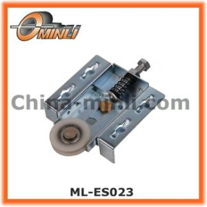 Zinc Bracket Pulley Roller for Wardrobe or Furniture Sliding Door (ML-FS034) pictures & photos