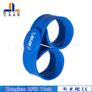 Waterproof Customized RFID Silicone Bracelet pictures & photos