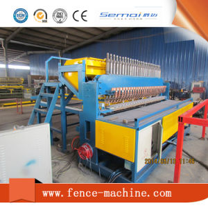 CNC Wire Fence Mesh Welding Machine pictures & photos