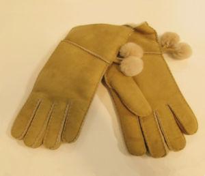 Women′s Sheepskin Fashion Gloves pictures & photos