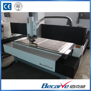 5.5kw Water Cooled Spindle/Vacuum Adsorption Platform Engraving Machine CNC Router pictures & photos