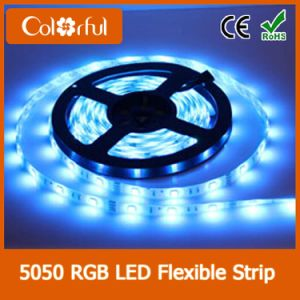 Long Life High Brightness SMD5050 DC12V Flexible LED Strip Light pictures & photos