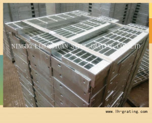 Hot Dipped Galvanizing Steel Stair Tread with Nosing pictures & photos