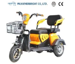 Three Wheels Adult Electric Tricycle with Ce Approval pictures & photos