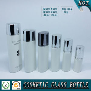 White Coloured Glass Cosmetics Bottle and Cosmetic Glass Cream Jar pictures & photos