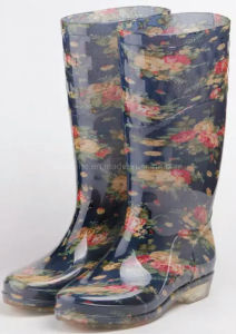 Chile Market High Quality Transparent Rubber Sole Ladies Rain Boots pictures & photos