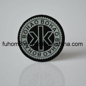 Custom Embossed Silicone Logo Garment Label on Felt Fabric pictures & photos