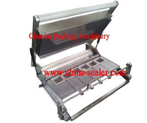 Plastic Box Manual Tray Sealing Machine pictures & photos
